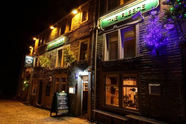 Le Fleece Inn © Trudy Pilmoor